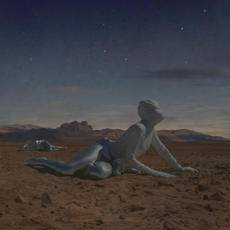 © Kahn & Selesnick | fotografía | fotografía conceptual | marte | Mars: Adrift on the Hourglass Sea | arte a un click |A1CGalería