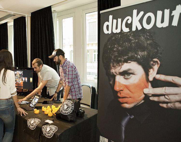 duckout |Irene Cruz | Leila Amat | Performance |Art & Breakfast | Arte a un Click | A1CFerias