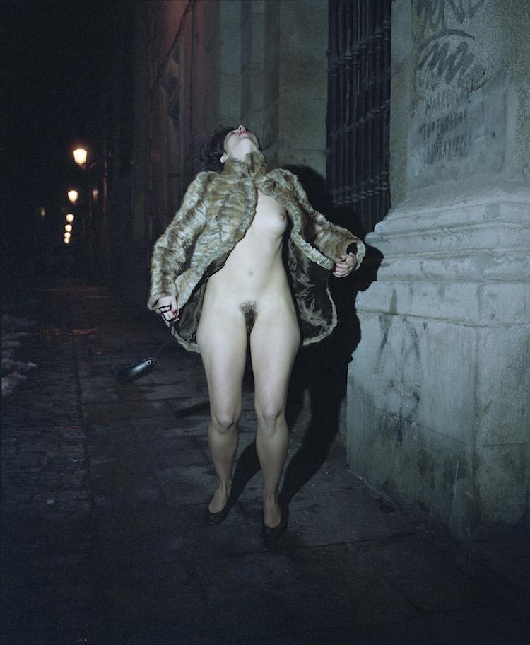 © Lucía Antebi | Comendadoras | Utopía Photo Market | Arte a un Click | A1CFerias