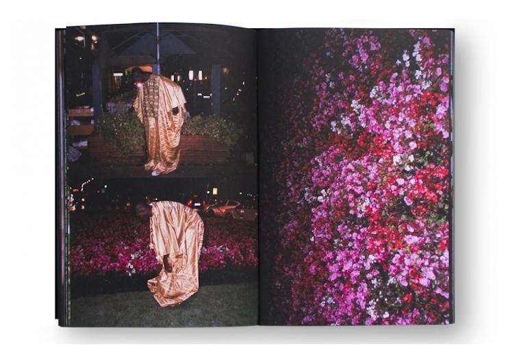 © Sofía Ayarzagoitia | Every night temo ser la dinner | Fotolibro |Dia del Libro | Arte a un click