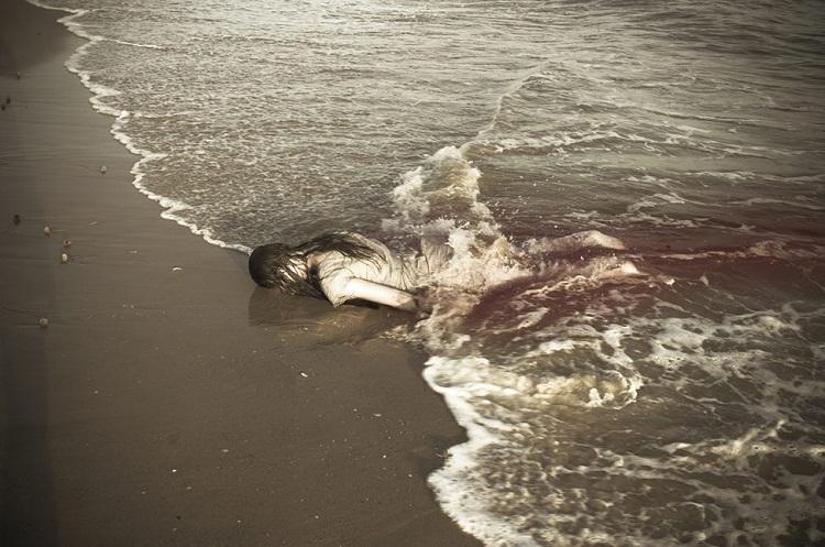 © Leila Amat | Cuerpo alquilado a la muerte