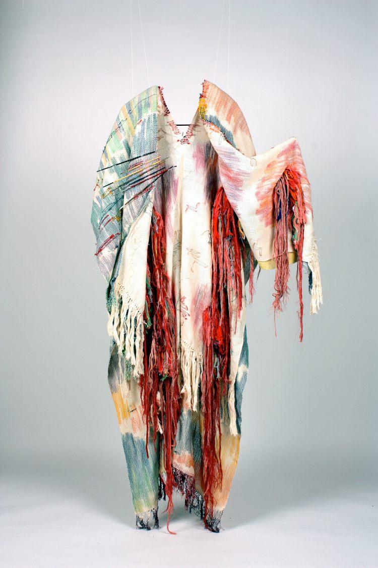 Rut Olabarri. Execution Cloak in the Study. 2019 La Iberoamericana. Encuentro de la Mujer y de las Artes en Toro   Arte a un Click .